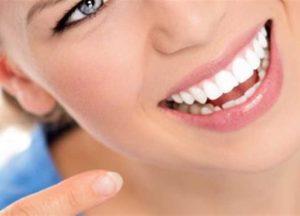 Riavere uno splendido sorriso con gli impianti dentali drdent.it