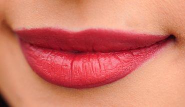Chirurgia estetica alle labbra